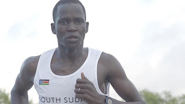 難民からオリンピック選手に 祖国南スーダンの期待を背負って走った「戦火のランナー」グオル・マリアル選手と監督インタビュー