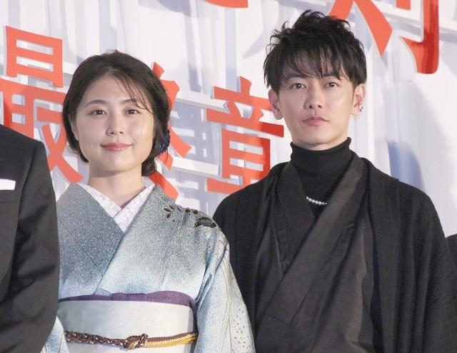 佐藤健、「るろ剣」は「完結というより完成」 有村架純と着物姿を披露