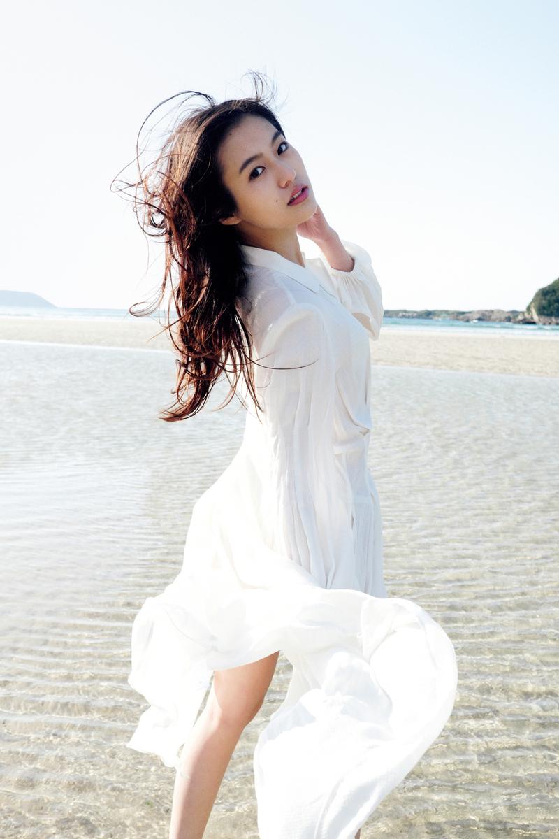 恒松祐里、初写真集7月5日発売 「おかえりモネ」「全裸監督シーズン2」の注目女優