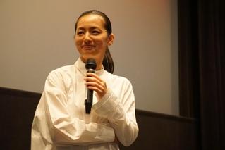 尾野真千子、奈良凱旋! 両親見守るなか20年以上ぶりに地元で舞台挨拶