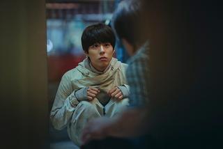 コン・ユも絶賛! パク・ボゴムがクローン役に挑む「SEOBOK ソボク」新場面写真が公開