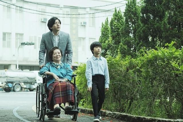 """亡き同性パートナーの家族に向ける """"愛の極限"""" 台湾の俳優賞を席巻した「親愛なる君へ」予告編&場面写真"""