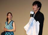 神様の目にも涙!? 田中圭、「ヒノマルソウル」舞台挨拶でのサプライズに涙腺崩壊