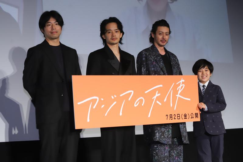 池松壮亮と石井裕也監督、オール韓国ロケ作品に「今回は監督と俳優を超えた」と自負