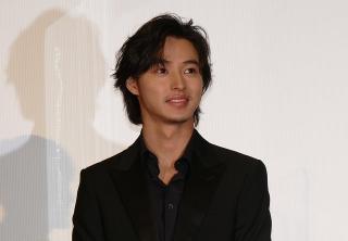 山崎賢人、映画の未来に「ワクワク」 主演作「夏への扉 キミのいる未来へ」がついに公開