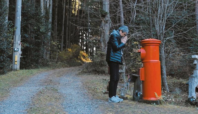 佐々部清さんが監督予定だった企画がドキュメンタリー映画に「歩きはじめる言葉たち 漂流ポスト3・11をたずねて」10月公開