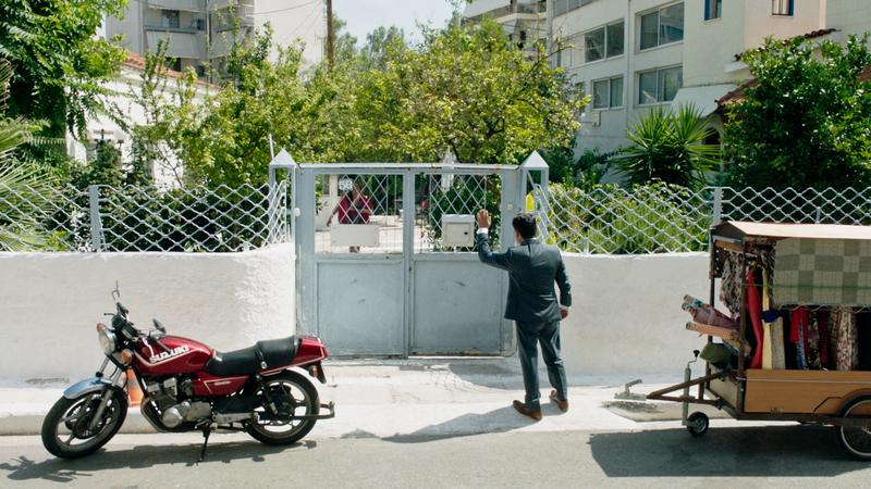 移動式テーラーが真夏のギリシャを駆け抜ける 「テーラー 人生の仕立て屋」本編映像