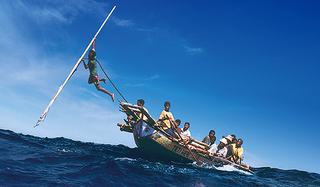 ラマレラの鯨漁空撮世界初成功 400年続くインドネシア鯨漁を映すドキュメンタリー「くじらびと」予告
