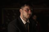 ニコラス・ホルト、極悪非道の暗殺者に 「モンタナの目撃者」新場面写真