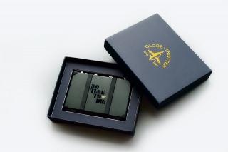 「007」最新作のムビチケカード&特製カードケースの豪華セットが発売! 限定777セット、価格は2万7000円