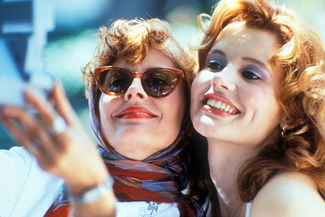 【「テルマ&ルイーズ」公開30周年】脚本家が訴えた「女性と正義」の関係、ブラピが演じた役にまつわる秘話