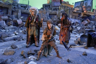 赤楚衛二「心君にずっといたずらされてました!」 令和版「妖怪大戦争」撮影現場写真を入手