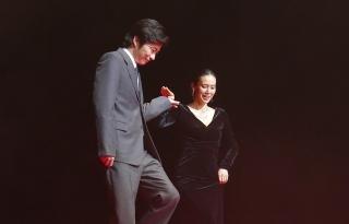 """田中圭&中谷美紀が""""日本初""""の夫婦役「ハラハラしました」「どういう意味ですか?」"""