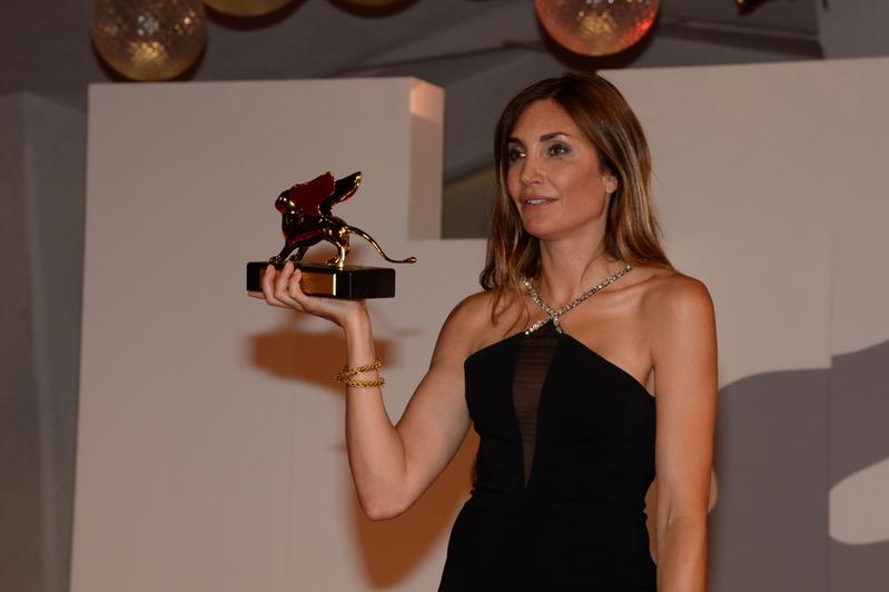 第78回ベネチア国際映画祭、金獅子賞は仏監督オドレイ・ディワンに 予期せぬ妊娠をした女子学生の苦悩描く
