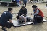 佐藤健、羽交い絞め&泥水浸けで絶叫 衝撃シーンの舞台裏収めたメイキング映像
