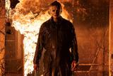 焼け死んだはずの殺人鬼のマスクが剥がされる!「ハロウィン KILLS」予告編