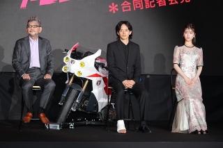「シン・仮面ライダー」主演は池松壮亮、ヒロインは浜辺美波! 庵野秀明監督が起用理由を明かす