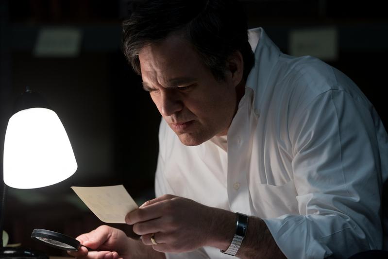 マーク・ラファロが映画化を熱望した「ダーク・ウォーターズ」 巨大企業の隠蔽を暴いた弁護士の不屈の精神を映す予告編