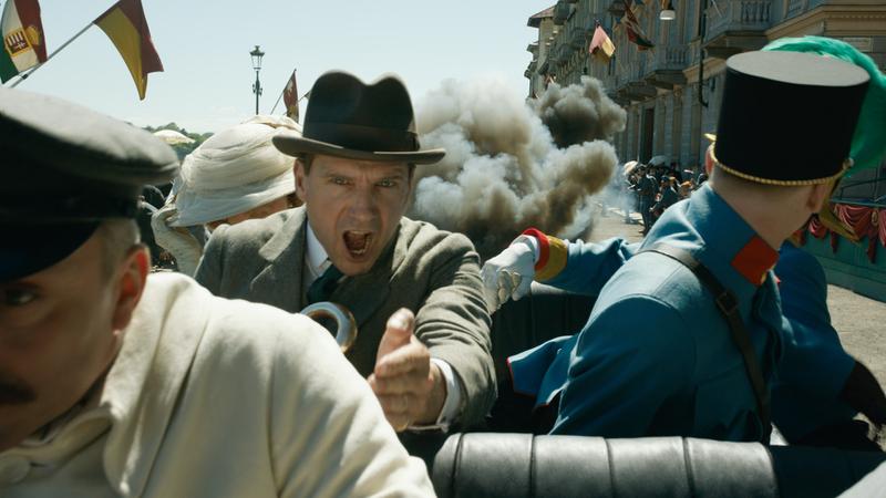 「キングスマン」シリーズの原点――過去の名シーン満載の最新作特別映像