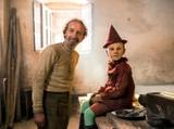 悪童とは正反対! 真面目でキュートなピノッキオ役&ロベルト・ベニーニのオフショット