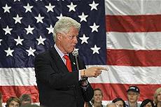クリントン前大統領、エルビス・コステロの音楽トーク番組に出演