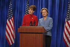 共和党副大統領候補ペイリン氏、「ティナ・フェイの物真似はそっくり」