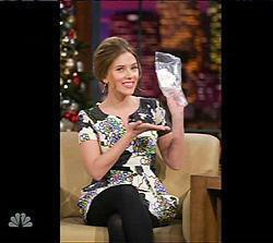 スカーレット・ヨハンソンの使用済みティッシュが約50万円で高額落札!