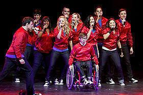 大ヒットミュージカルコメディ「Glee」が小説に