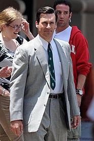主人公ドン・ドレイパーを演じるジョン・ハム