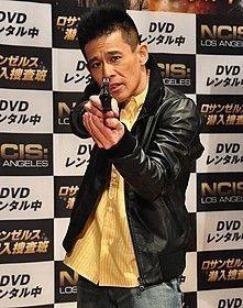 柳沢慎吾、開発中の新ネタは「ひとり福男レース」