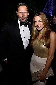 ジョー・マンガニエロとソフィア・ベルガラが婚約