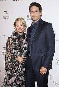 「ビッグバン★セオリー」女優ケイリー・クオコがプロテニス選手の夫と離婚