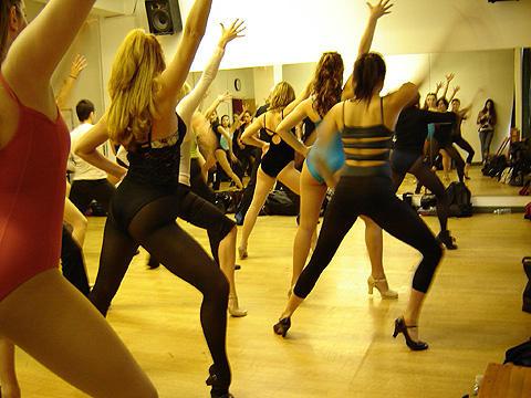 ダンサー達の情熱に思わず引き込まれる