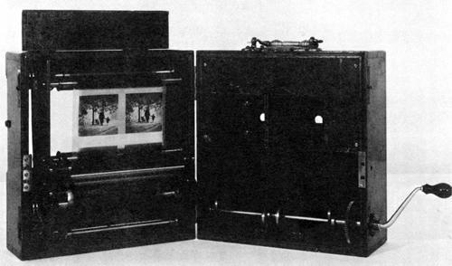 【図3】フリーズ=グリーンの3D映画カメラ(1890)