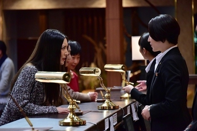 (C)2019 映画「マスカレード・ホテル」製作委員会 (C)東野圭吾/集英社