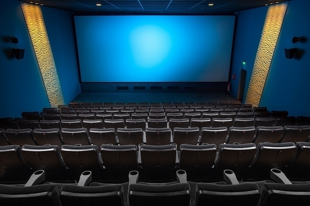 感染 コロナ 映画 リスク 館