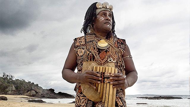 劇中に登場する音楽家のひとり、ソロモン諸島出身のチャールズ・マイマロシア
