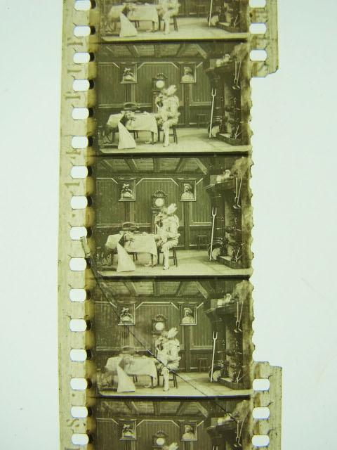 「小宮コレクション」の一本「お伽の森」(監督:アルベール・カペラニ、1907)のナイトレート・フィルム