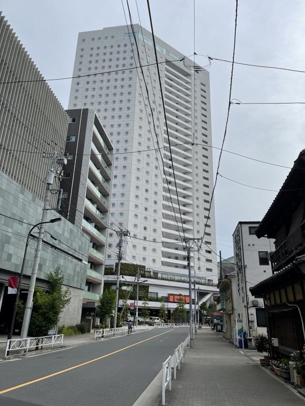 家族が隔離されたホテル