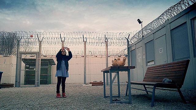 難民となった家族が自らの旅を記録したセルフドキュメンタリー