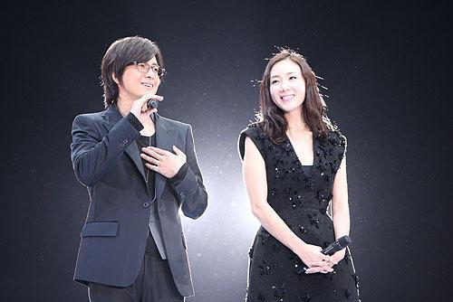チェ・ジウの「劇場版 ペ・ヨンジュン3D in 東京ドーム 2009」の画像