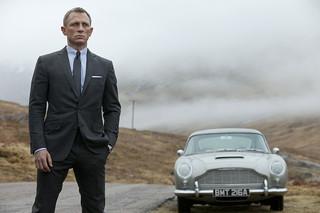 007 スカイフォールの予告編・動画
