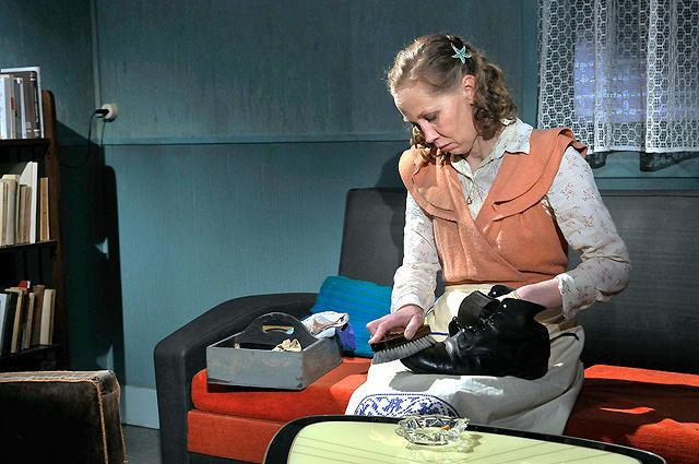 カティ・オウティネンの「ル・アーヴルの靴みがき」の画像