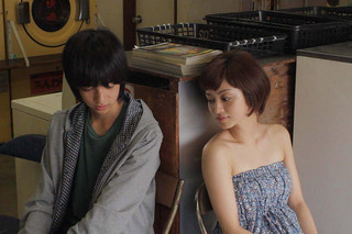 からっぽ(2012)の予告編・動画