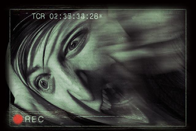 デスカメラ