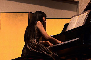 井上郷子 ピアノの瞬間(とき)