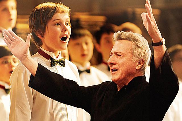 ダスティン・ホフマンの「ボーイ・ソプラノ ただひとつの歌声」の画像