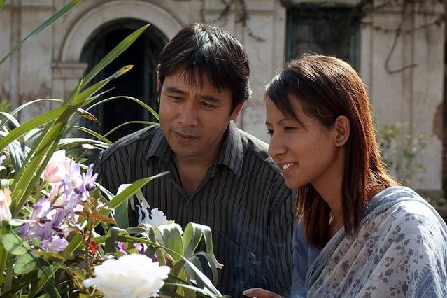 カトマンズに散る花