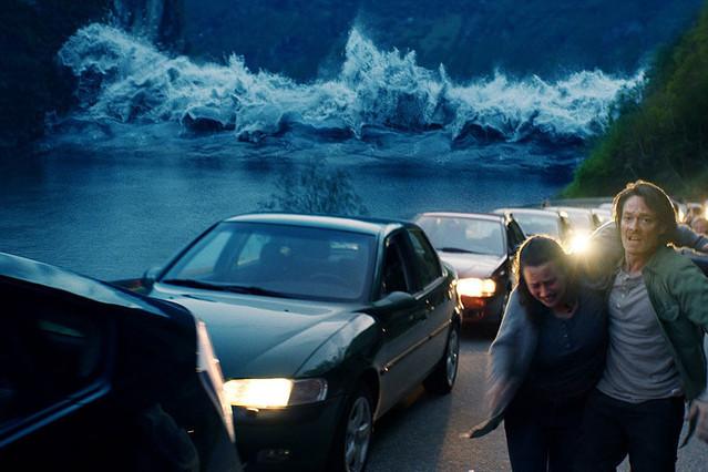 THE WAVE ザ・ウェイブ