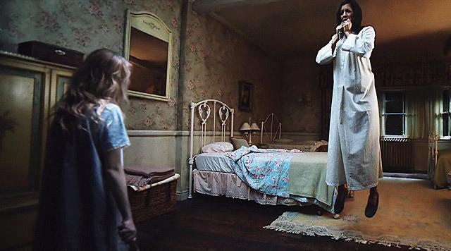 ステファニー・シグマンの「アナベル 死霊人形の誕生」の画像